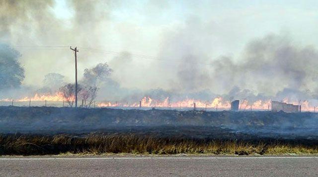 Incendio de pastizales en Entre Ríos